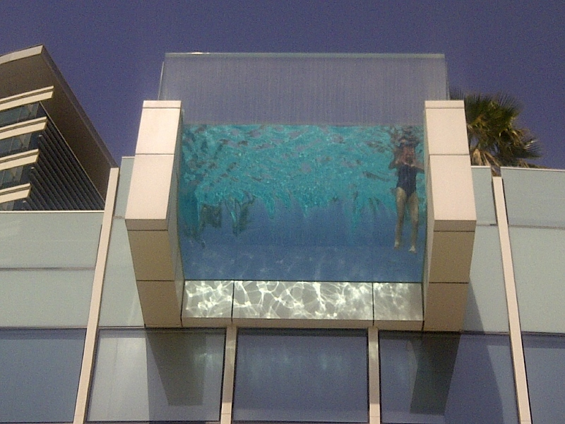 Silent Sunday A Pool With A View From Below Dubai 39 S Desperate Housewife
